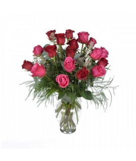 The assorted 18 roses bouquet